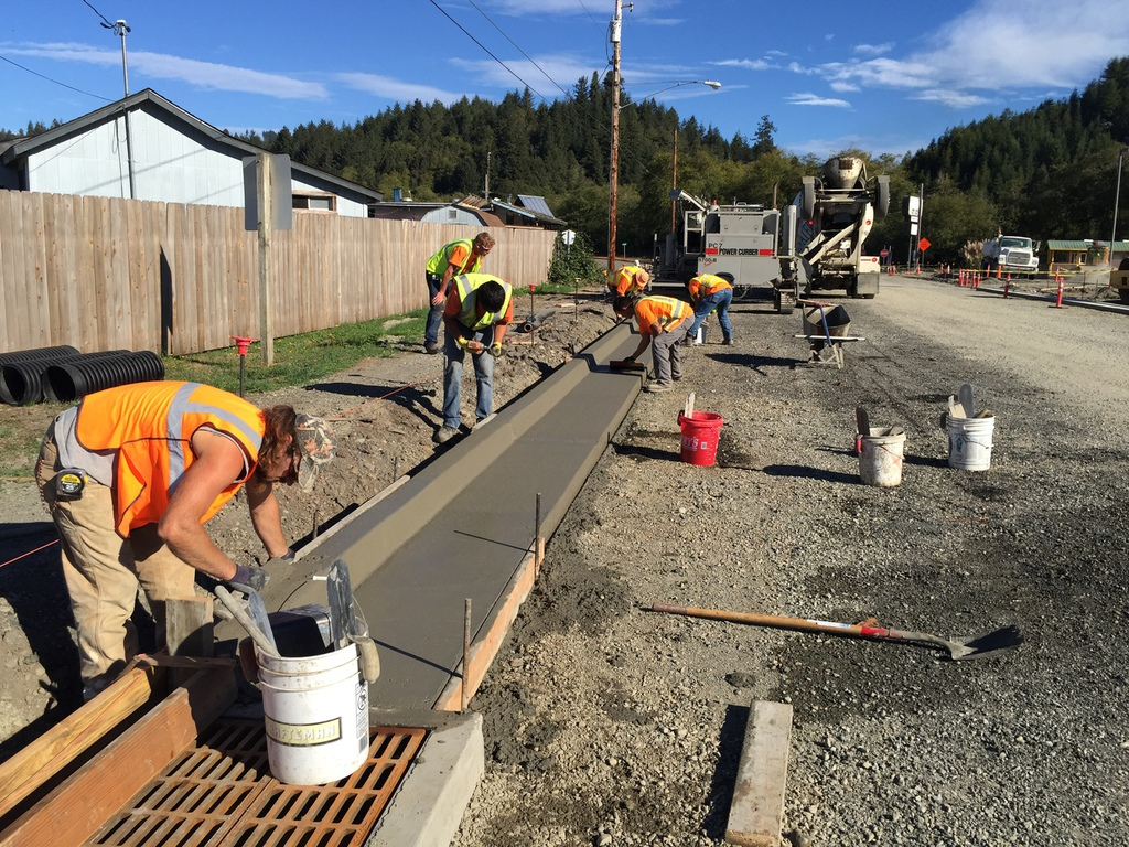 Concrete curb construction and repair